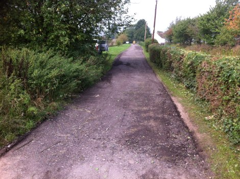 surface dressing hot tar and chippings for driveways Hampshire